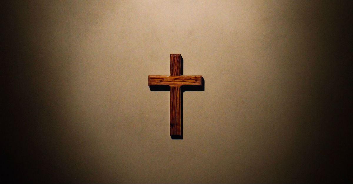 لماذا وجبَ أن يصلب المسيح؟